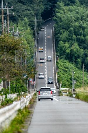 「あの有名な坂を超えるか愛川町のべた踏み坂!」 杉本昌弘(chims1220)さん撮影